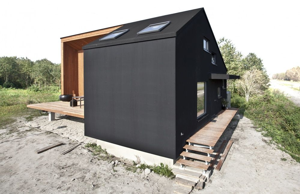 The Rubber House as a price winning project in the Eenvoud