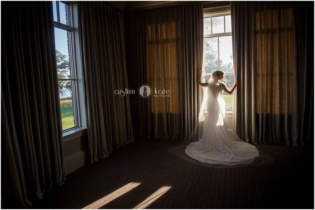 Lace wedding gown     Gorgeous wedding dress     Bride getting ready     Bridal portraits     Aislinn Kate Photography