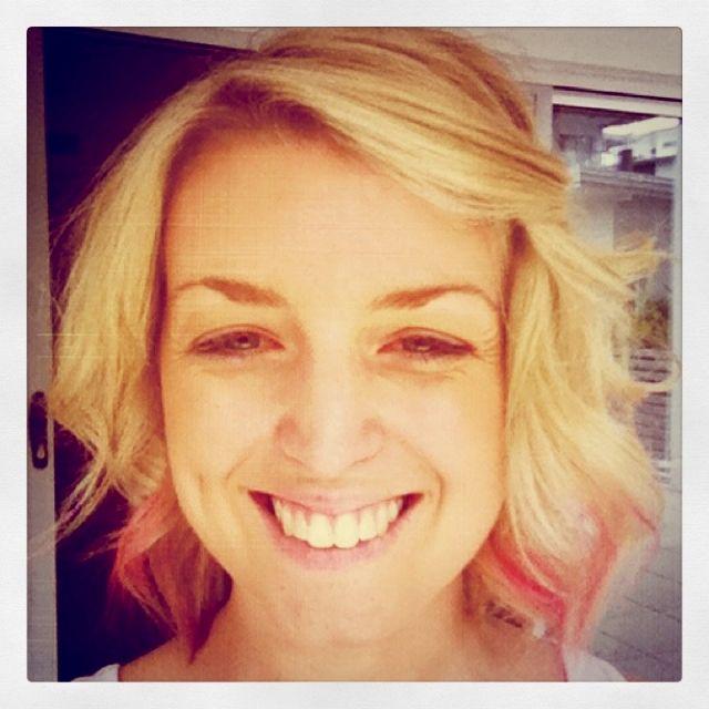 Pink hair chalking