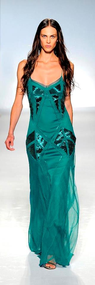 Alberta Ferretti -  emerald-green long dress in tulle with baguette details | high fashion
