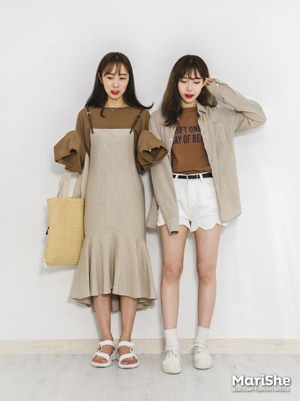 Popular Fashion Trend In Korea Twin Look Dressing Similarly With Best Friends In Style
