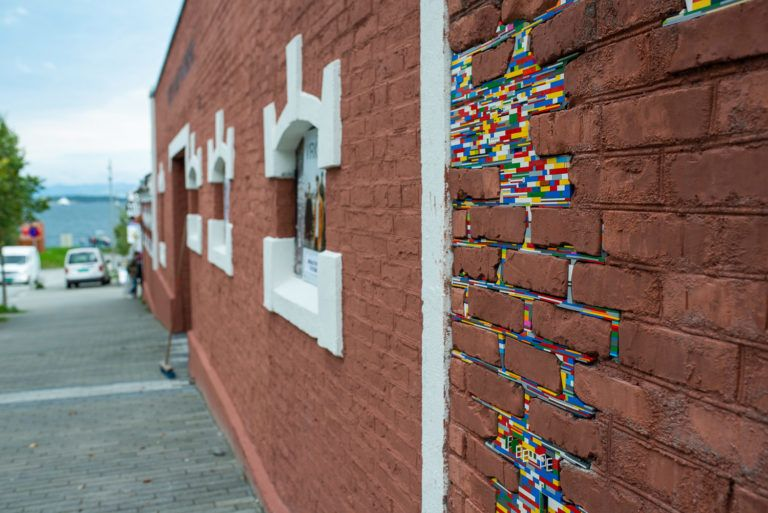 Jan vormann invites playful interaction by patching