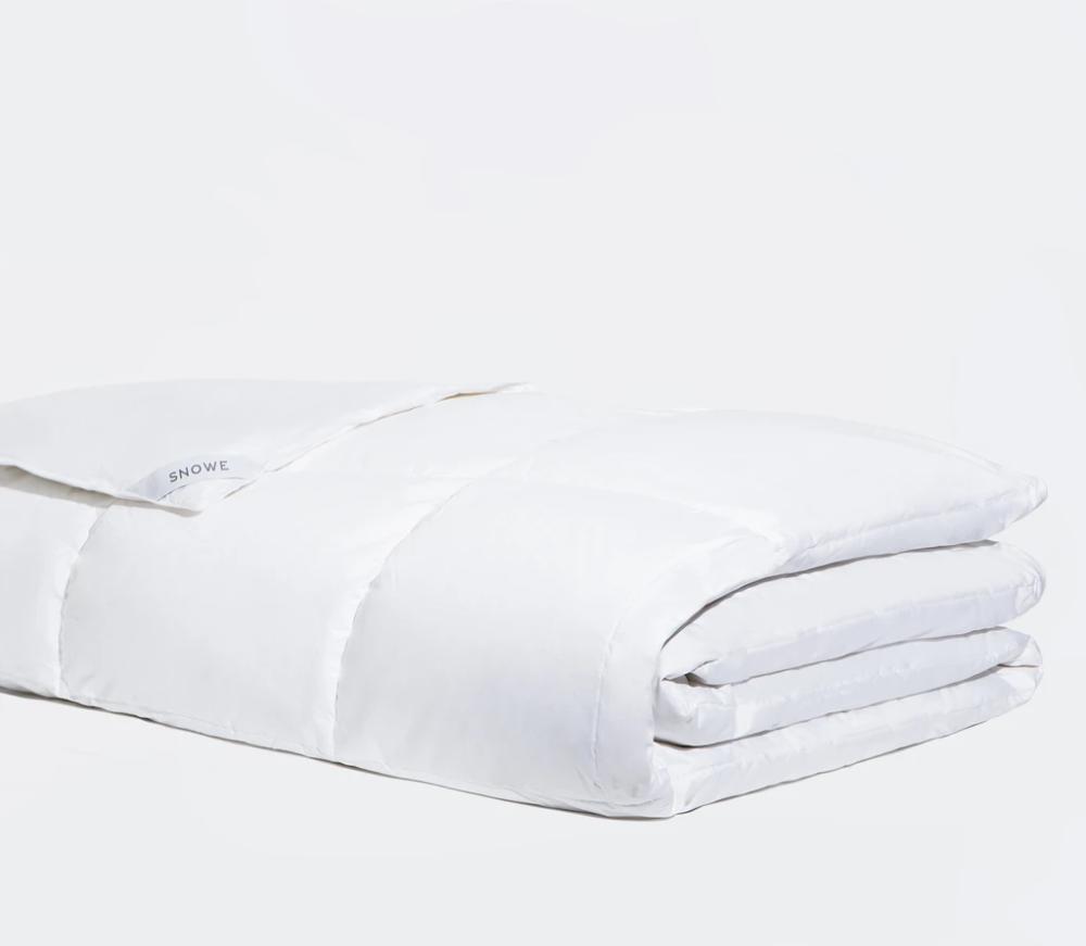 Down Comforter in 2020 Down comforter, Cool comforters