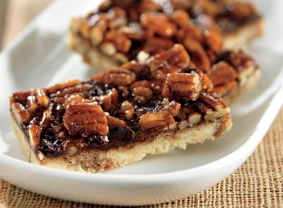 Chocolate Fudge Pecan Pie Bars Recipe