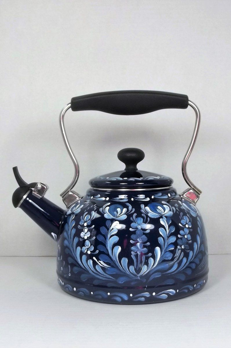 Dark Cobalt Blue Tea Kettle A Pretty Color For Chantal The Blue Is So Deep It Seems Like I Look Deep Into It Tea Kettle Blue Tea Mugs Cobalt Blue Kitchens