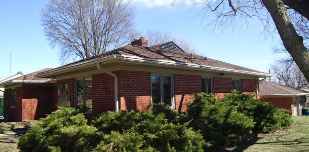 Seamless Gutters Minneapolis Seamless Gutters How To Install Gutters Gutters
