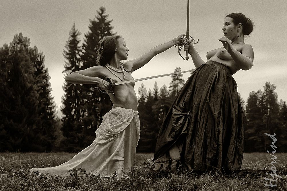 nude-sword-play-fight-boy-fingring-in-grl-breast