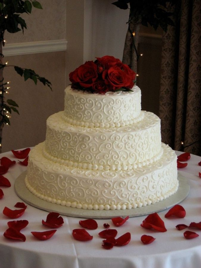 Butter Cream Frosting 3 Tier Wedding Cake Tier Sizes Are 16 12