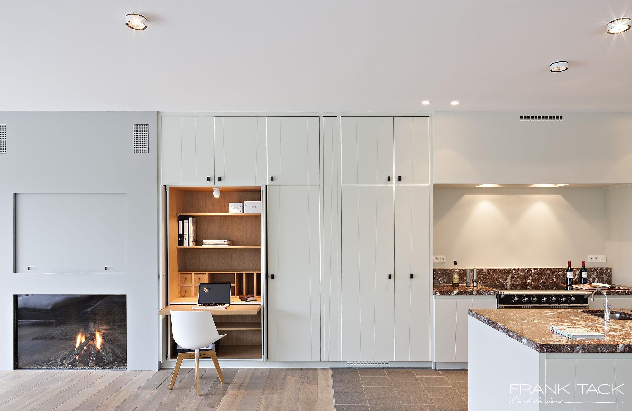 Frank tack keukens maatwerk tijdloze sfeervolle ontwerpen natuurlijke warme materialen - Keuken ontwerpen ...
