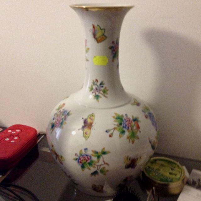 My Herend Vase Herend Pinterest Porcelain And House