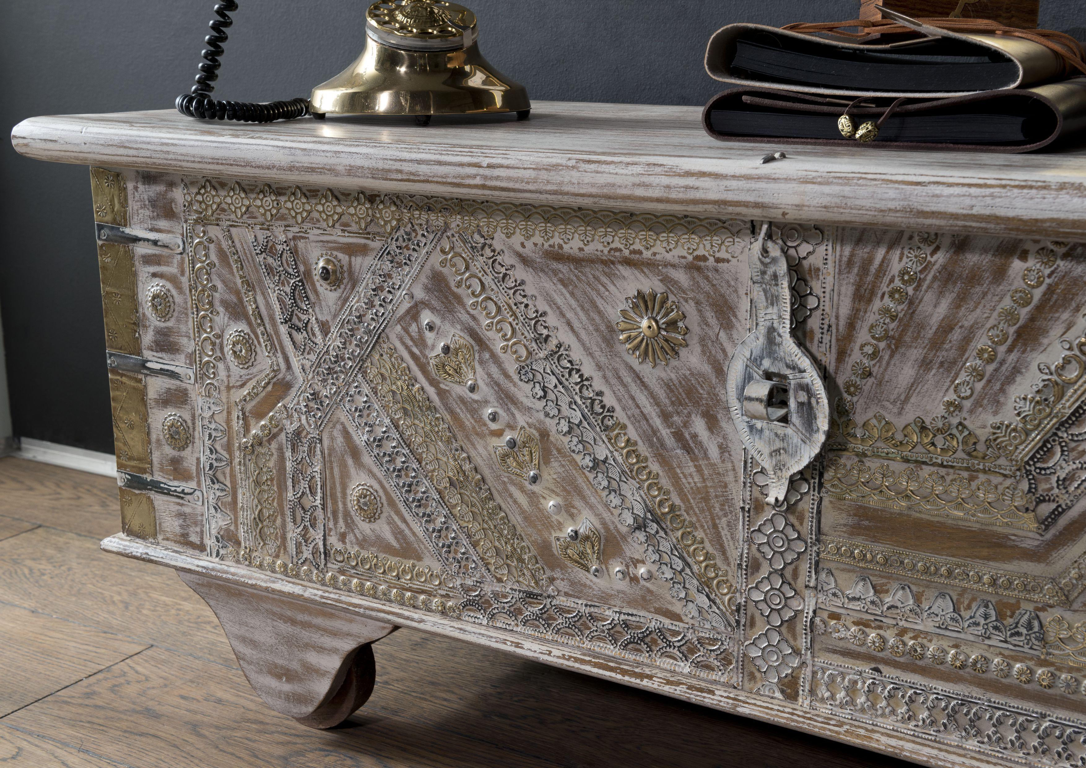 Unikat Möbel versandfrei kaufen  Massivmoebel15  Holztruhe