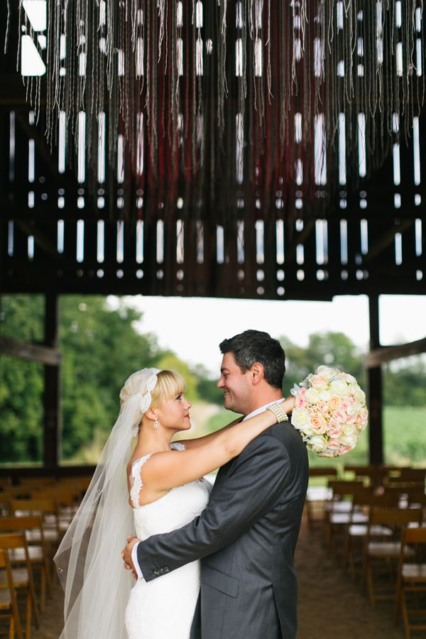 Barn Wedding At Walnut Way Farm In Shelbyville Kentucky Photo By Lang Thomas