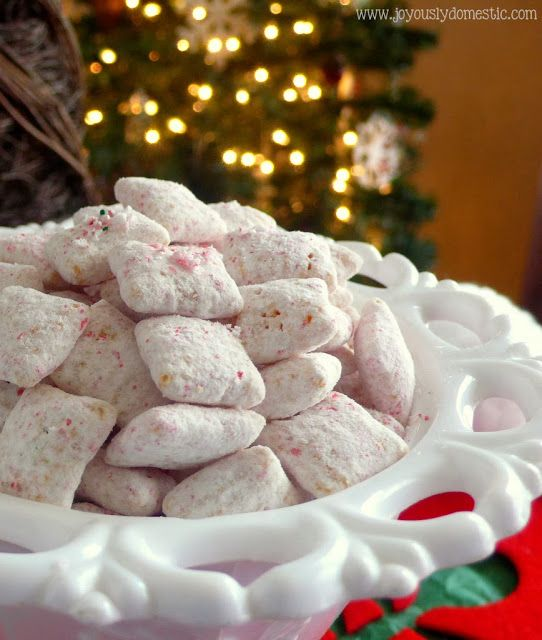 Candy Cane Crunch Peppermint Puppy Chow #puppychow