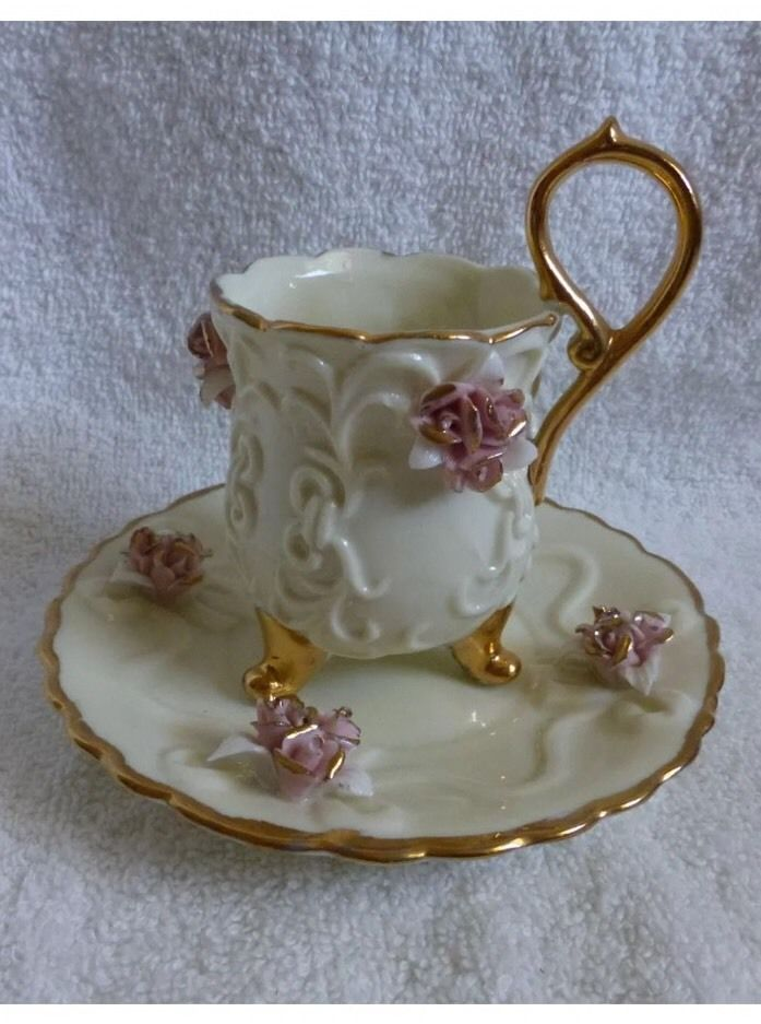 Decorative Vintage Demitasse Footed Cup And Saucer Egg Shaped Raised Flowers Cup And Saucer Cup Tea Cups