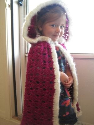 FREE PATTERN Ravelry download: fairytale hooded cape too cute!! - maybe purple so that it could look more like Anna's cape?