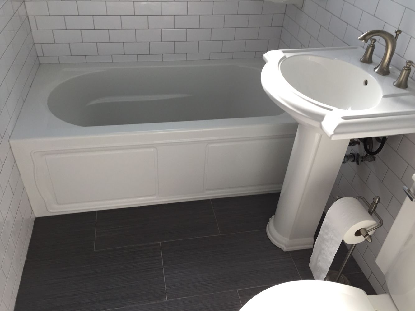 white apron left p kohler devonshire en and with flange integral hand bathtub acrylic tub feet home tile drain in