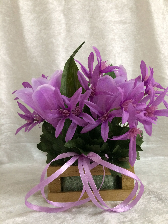 Purple lilly flower arrangement silk flower centerpiece small purple lilly flower arrangement silk flower centerpiece small flower arrangment artificial flowers mightylinksfo