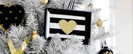 Black And White Christmas Tree Modern 36+ Ideas #blackchristmastreeideas Black And White Christmas Tree Modern 36+ Ideas #tree #blackchristmastreeideas