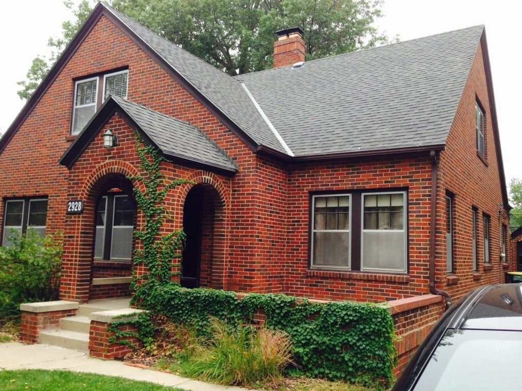 Incredible What Color Siding And Trim For Brick House Good - Brick house colors with dark brown