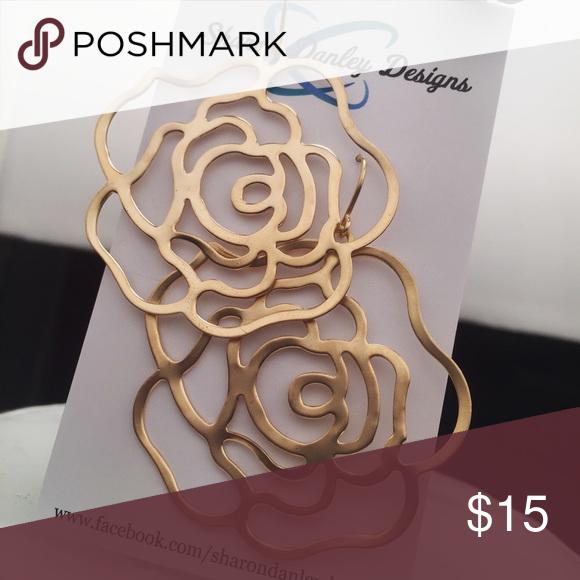 Rose Pendant Earrings - Handmade!! Matte gold, open-cut rose pendants on handmade earwires. Very lightweight, these are a perfect neutral earring! Jewelry Earrings