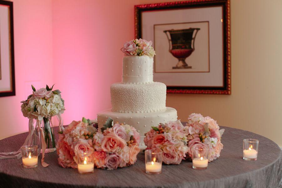 Cake table tea lights