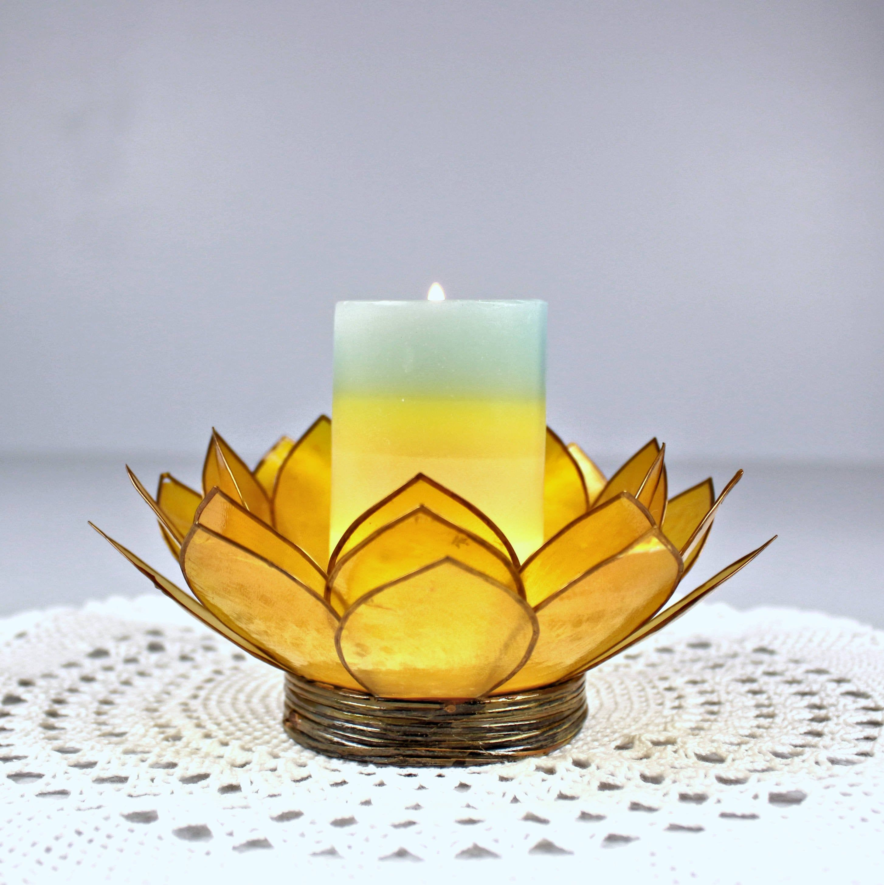 Small tray with beautiful lotus flower candle holder Set