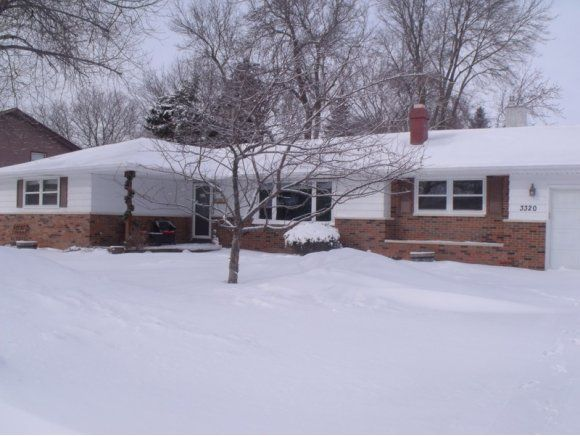 3320  Crestview, Appleton, WI  54915 - Pinned from www.coldwellbanker.com