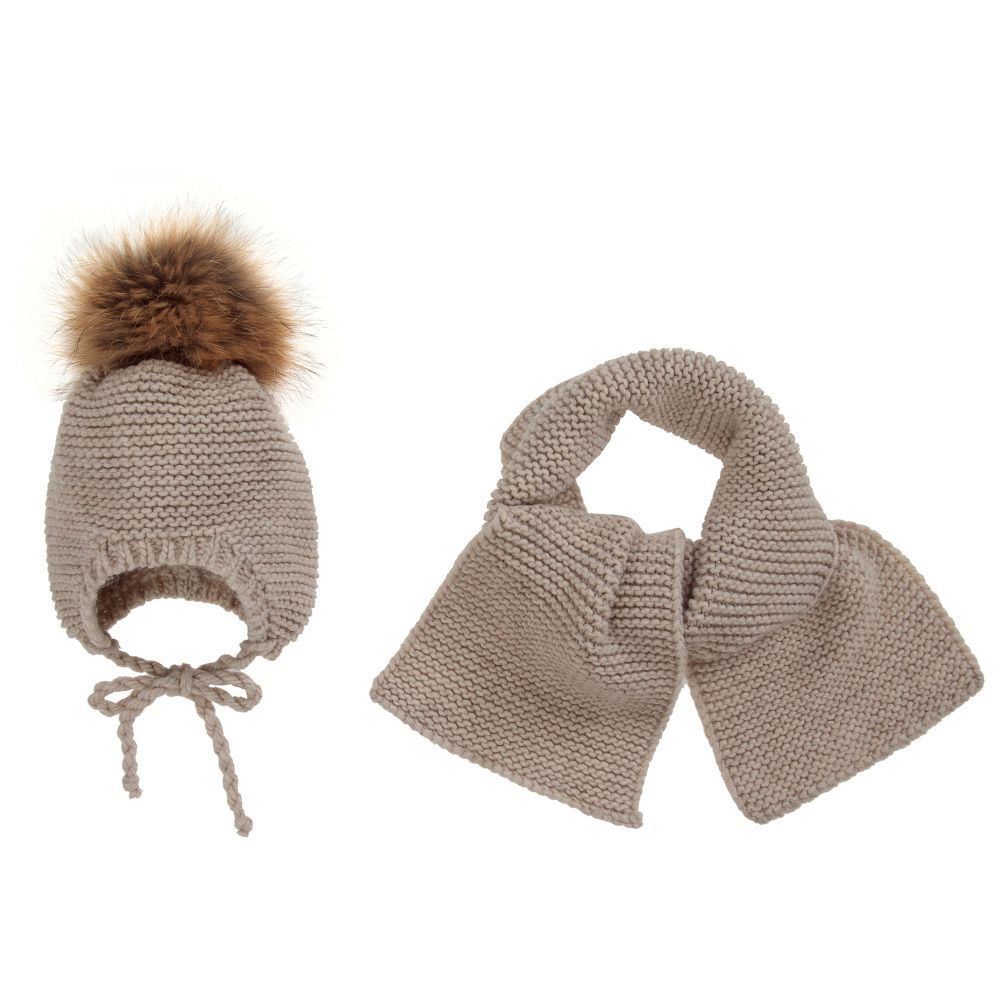 Beige Wool Baby Hat Set for Girl by Gorros Navarro. Discover more beautiful  designer Hats for kids online d2e32aab5187