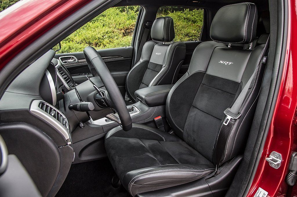 Ten Facts About The 2014 Jeep Cherokee 8 The Front Passenger