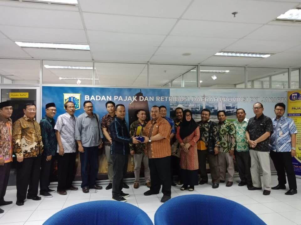 Badan Pajak Dan Retribusi Daerah Jakarta Menerima Kunjungan Kerja Dari Komisi B Dprd Kabupaten Sidoarjo Bidang Perekonomian Dan Keuangan Dalam Pembahasan Studi