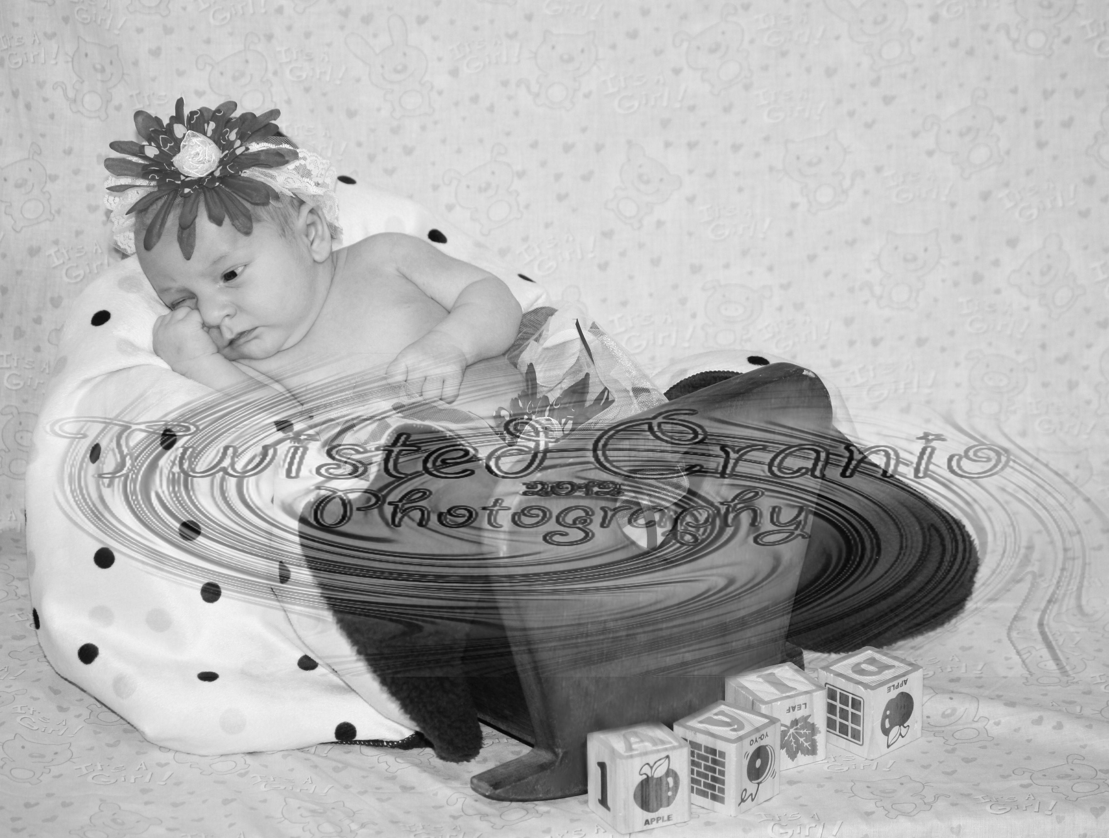 Ayla Newborn 2012