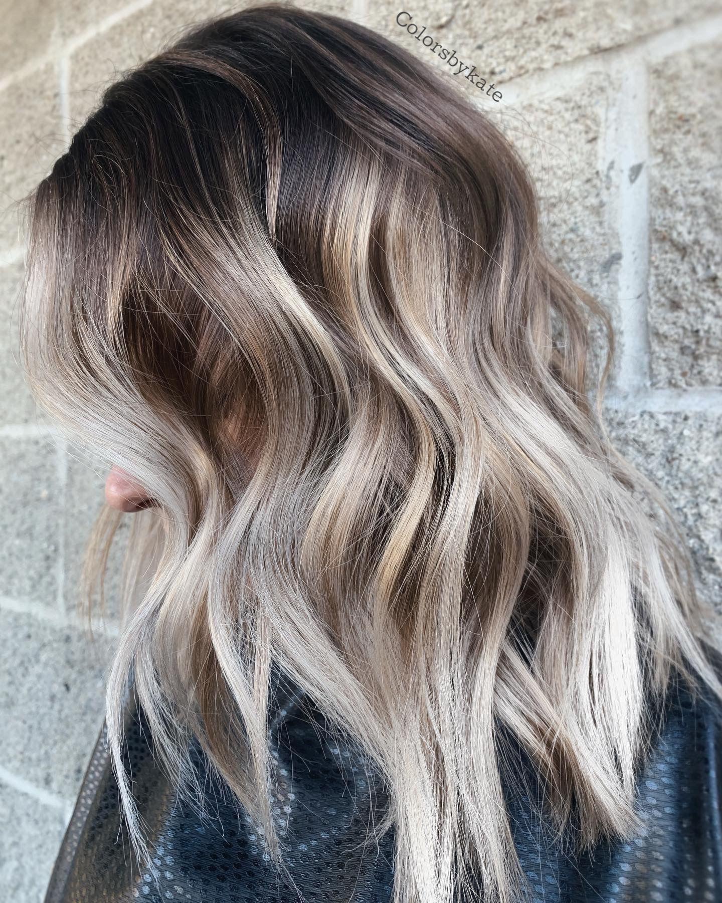 Platinum Blonde Highlights Balayage Ombre Hair Balayage Balayage Hair Brunette With Blonde Ombre Blonde In 2020 Icy Blonde Hair Brown Blonde Hair Ombre Hair Blonde