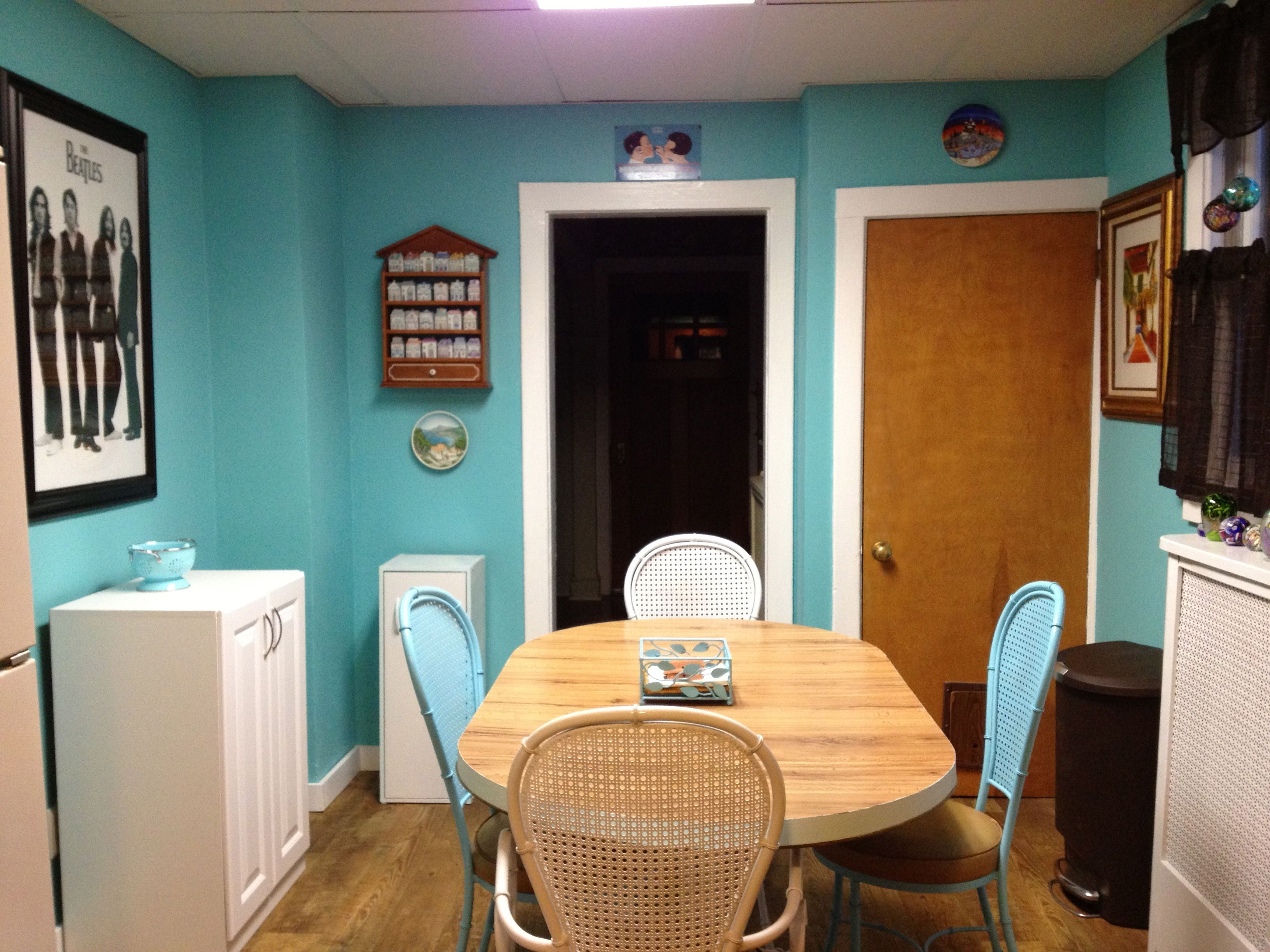 It took 27 years for me to update my kitchen. Now its aqua blue and ...