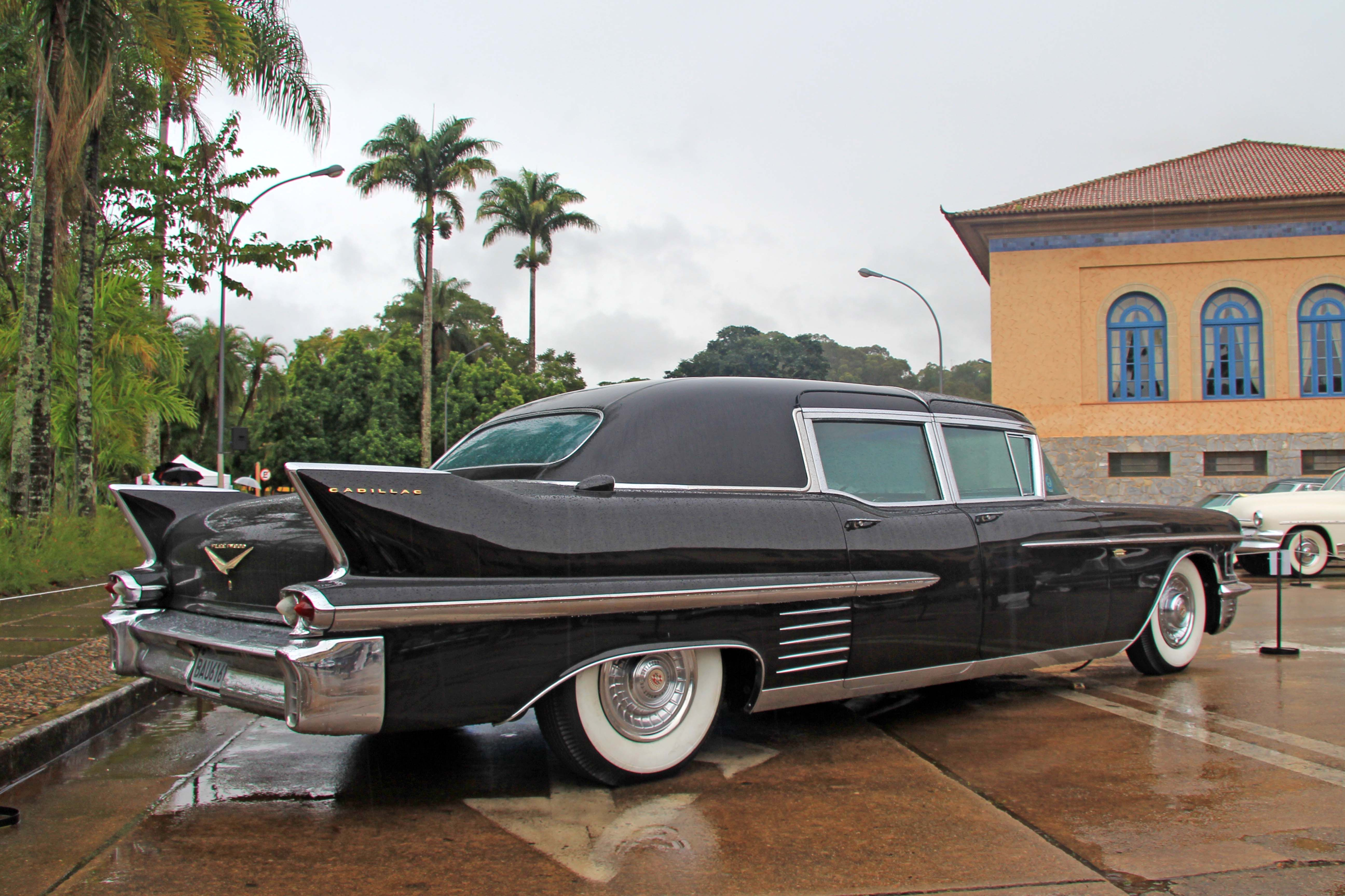 1958 cadillac fleetwood limousine cadillac 1957 58 pinterest cadillac fleetwood cadillac and limo