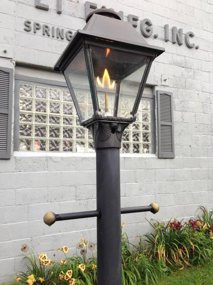 This Post Mounted Maple Leaf Open Flame Westmoreland Lamp Welcomes You To Our Manufacturing Warehouse In Springdale Pa Gas Lamp Front House Lights Gas Lights