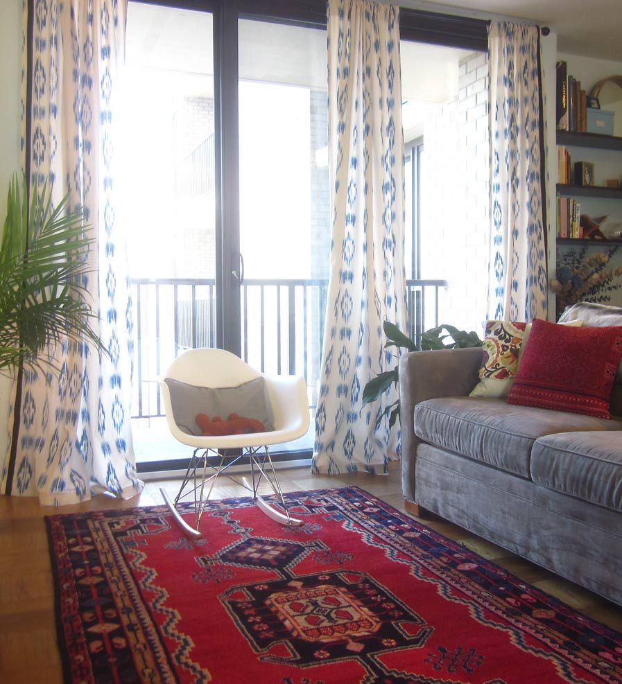 Patterned Curtains For Living Room Living Room Patterned Rug And Ikat Curtains Living Rooms