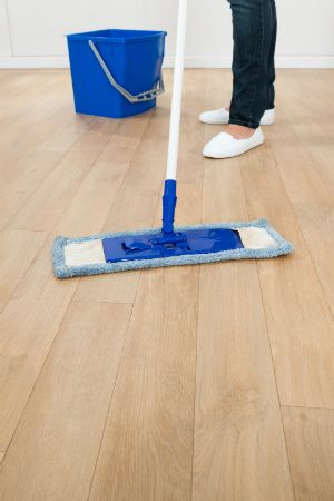 How To Mop A Floor The Right Way Spring Cleaning Tips