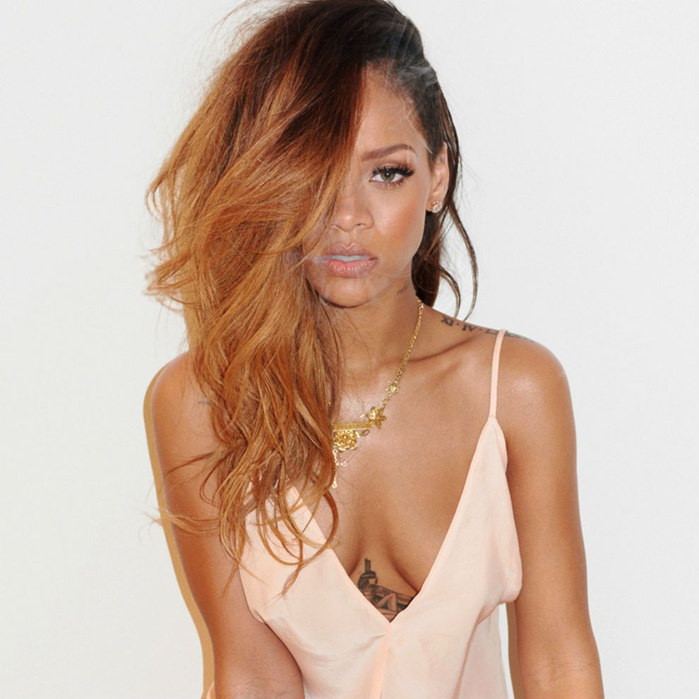 rihanna leaked photos 2014 | ... had naked and nude photographs leaked after an online hacking scandal