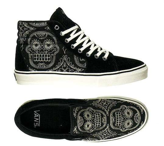 The Vans  Day of the Dead  Pack Lets You Celebrate the Holiday in Style 4b15d073a4d