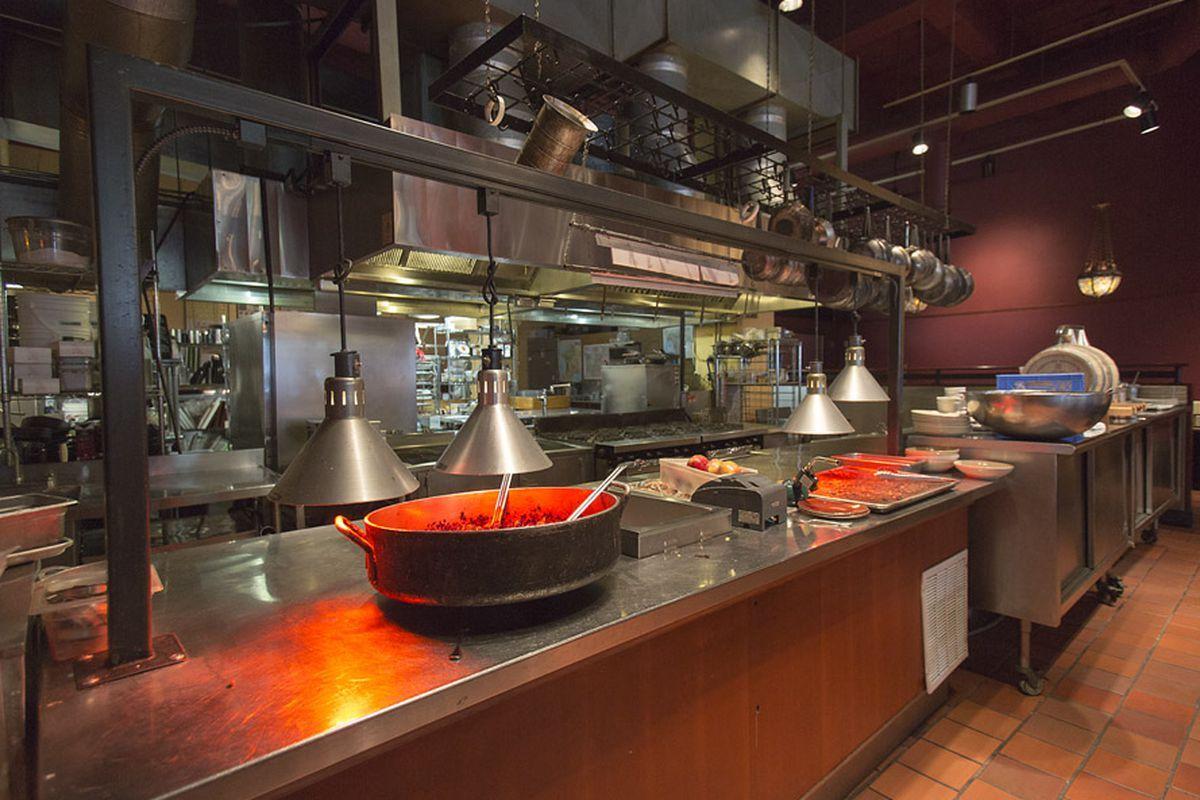 Five Star Restaurant Kitchen Design Google Search Restaurant Kitchen Design Restaurant Kitchen Kitchen Design