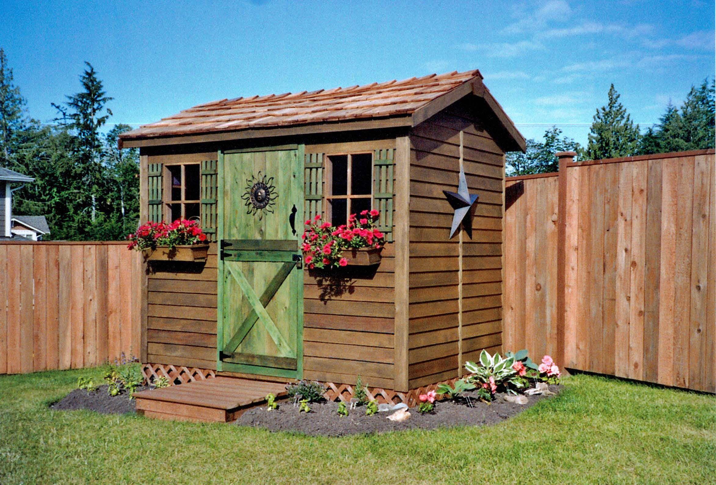 Backyard Cabanas & Small Pool Houses Backyard cabana