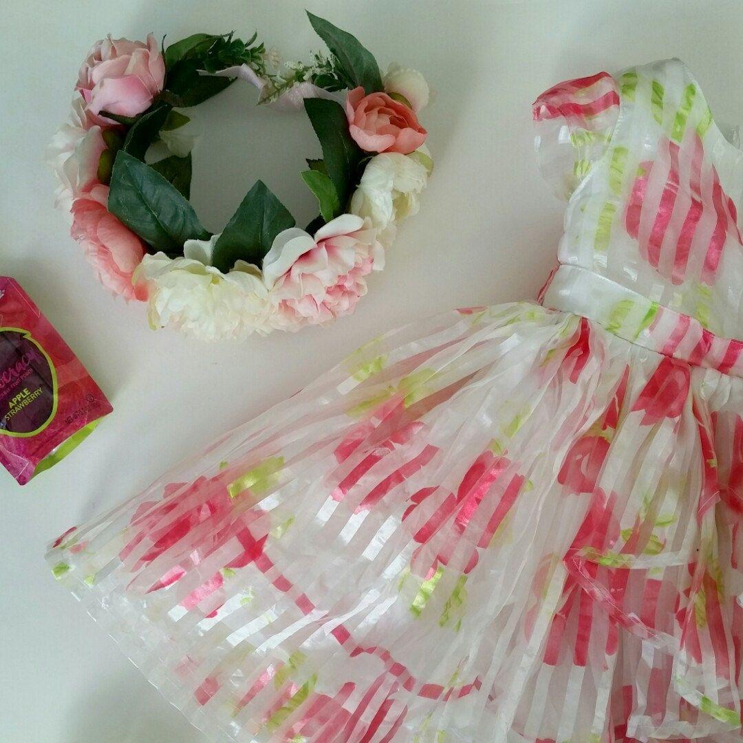 Flower girl survival pack beautiful dress a sweet snack and our flower girl survival pack beautiful dress a sweet snack and our luxe pink izmirmasajfo