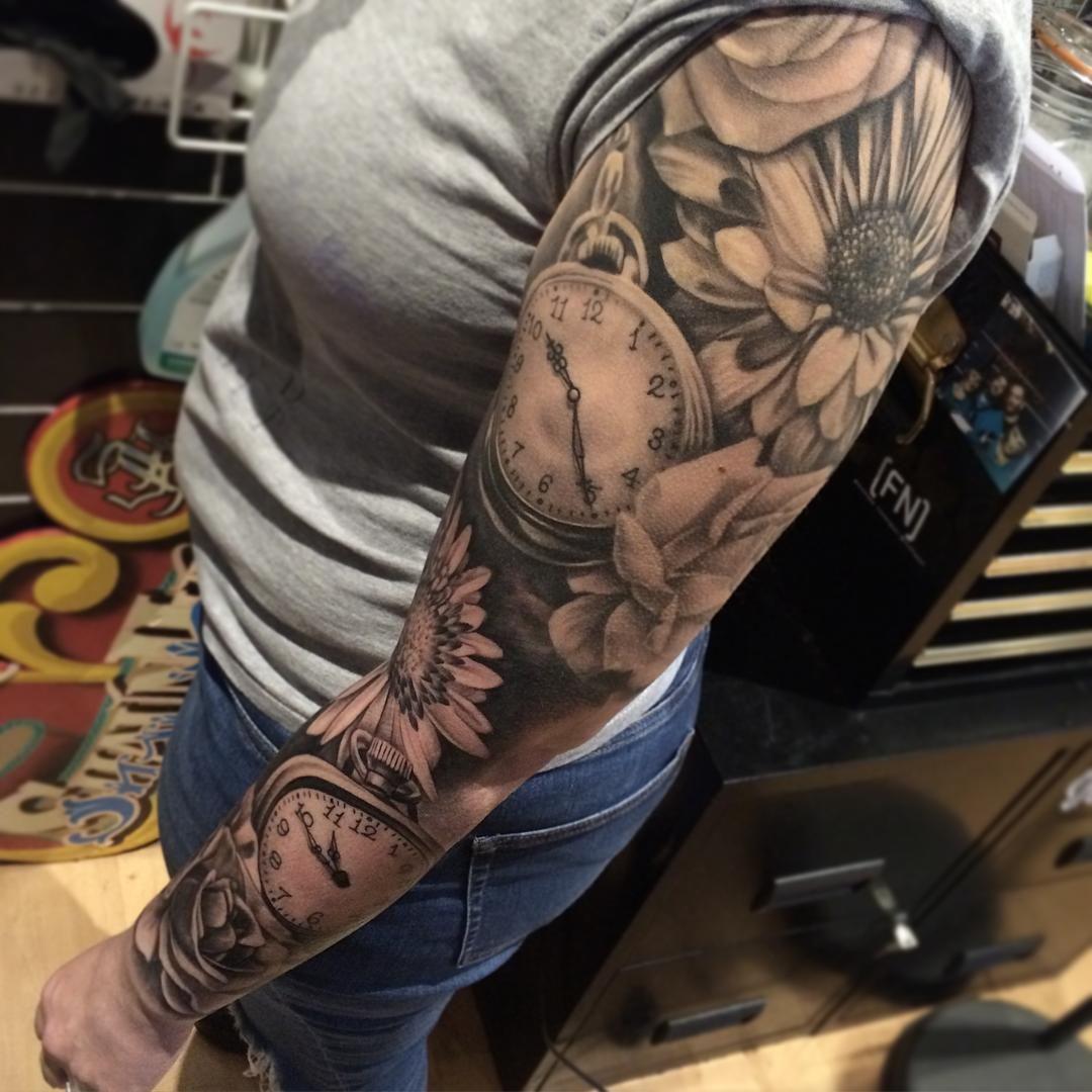 Uktattooist Bestofbritishtattoos Blacktattoo Topclasstattooing Dynamicink Watch Tattoos Girls With Sleeve Tattoos Sleeve Tattoos For Women