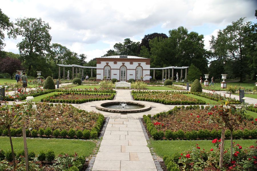 Popular The Palmengarten is one of two botanical gardens in Frankfurt Feel free to call us