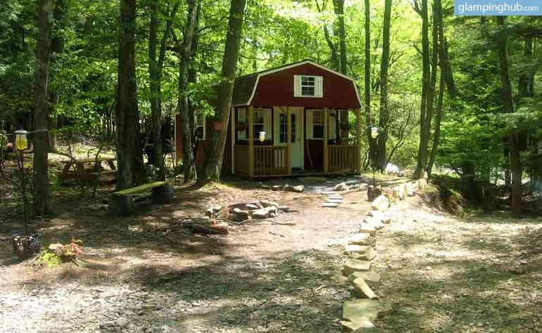 Secluded Rustic Cabins Nestled In A Lush Forest In West Virginia Rustic Cabin Cabin Cabin Camping