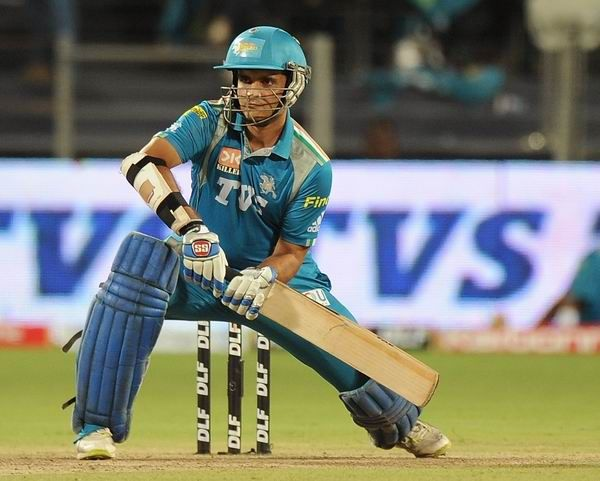 Pune Warriors India's captain and batsman Sourav Ganguly prepares to play a shot during the IPL Twenty20 cricket match bet… | Cricket match, Ipl, Bollywood pictures
