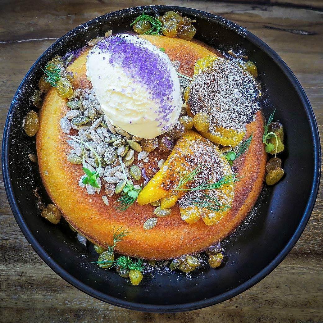 Peach Raisin Hot Cake At Curious Palette Sgeats Instafood Sg Sgcafes Sgbrunch Curiouspalette Ordinarypatrons Eat Food Raisin