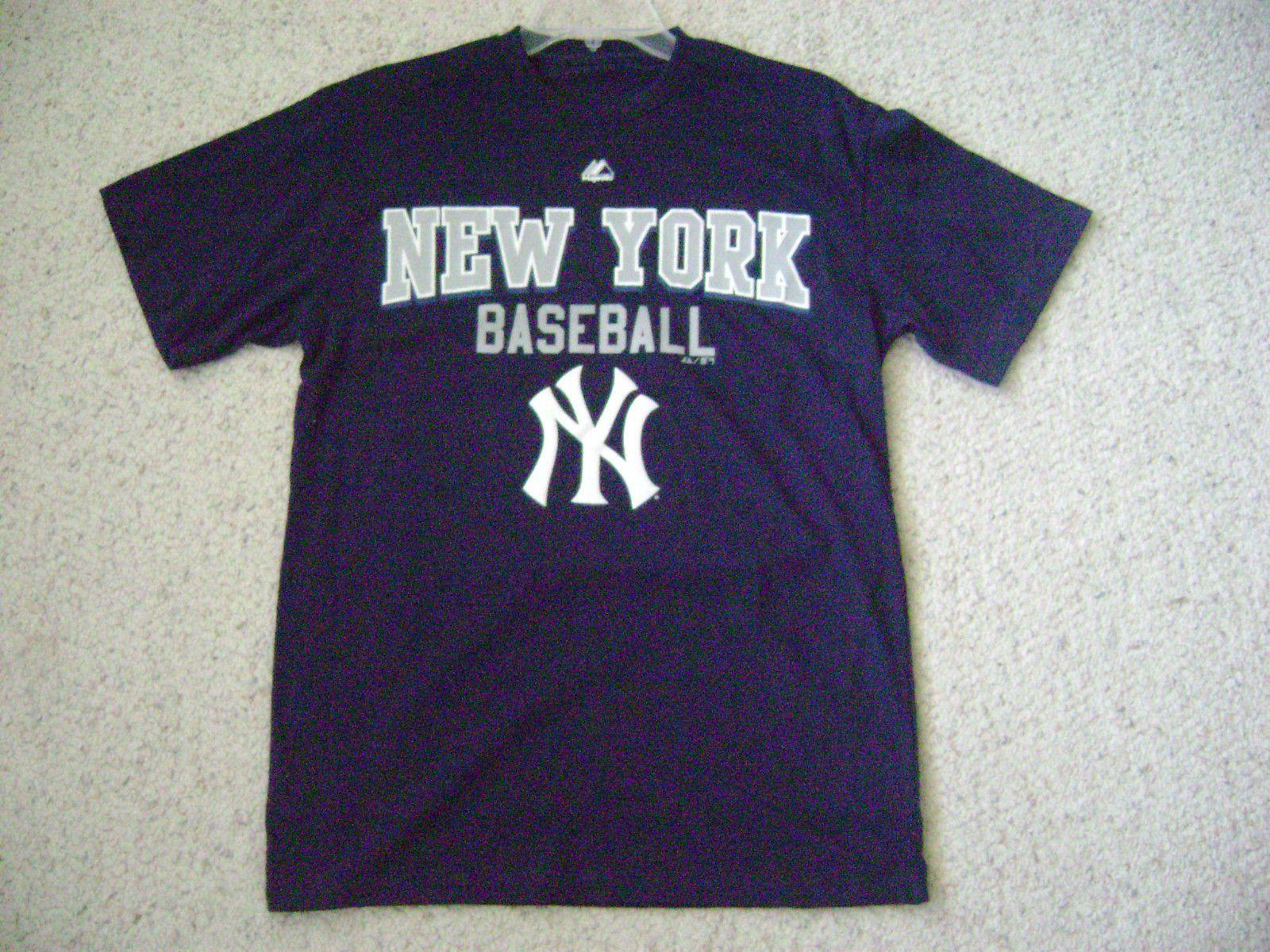 Majestic New York Yankees Baseball T Shirt Navy Blue Size M Yankees Baseball New York Yankees New York Yankees Baseball