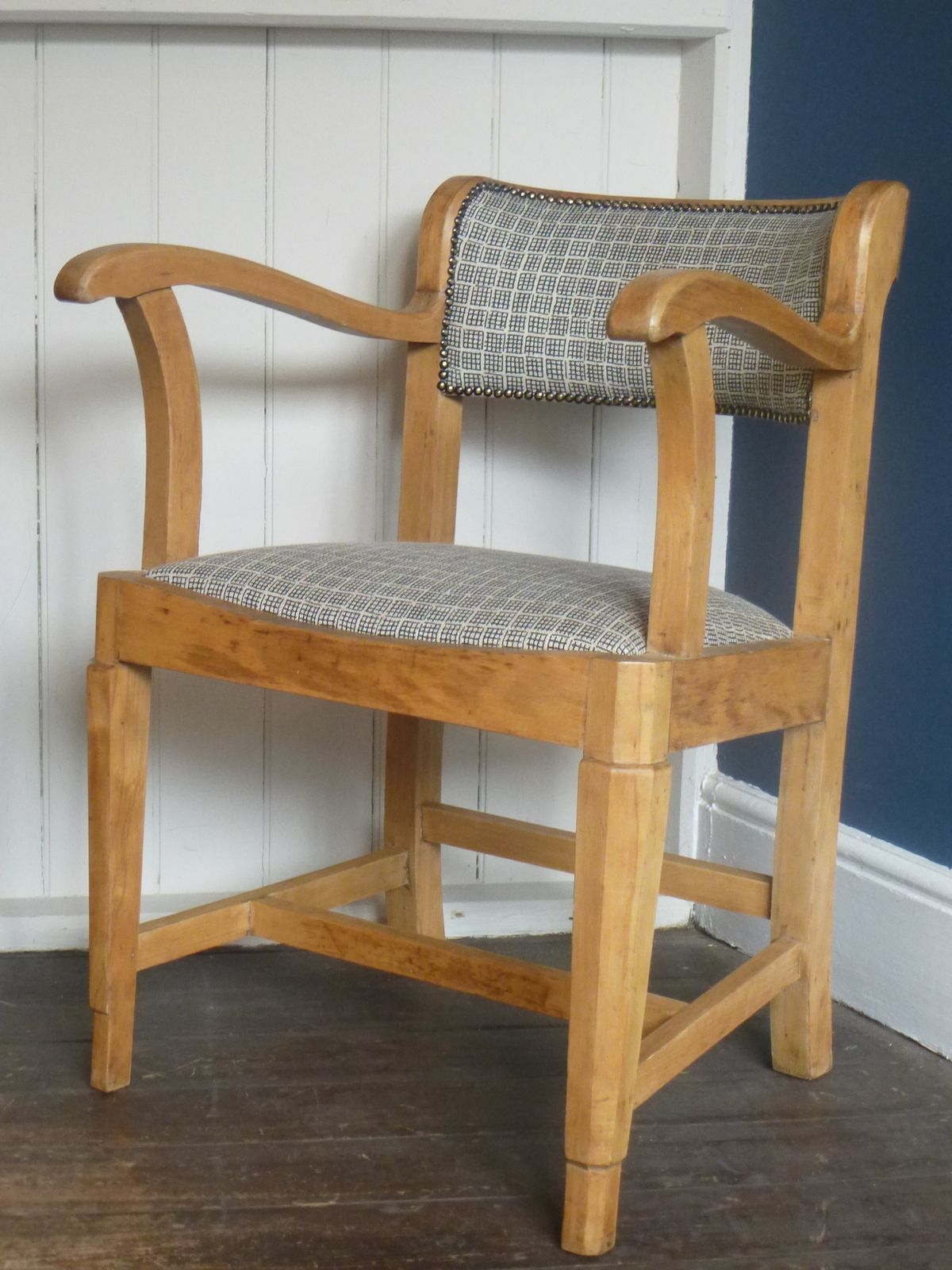 Stylish Desk Chair Square Pattern (With images) Retro