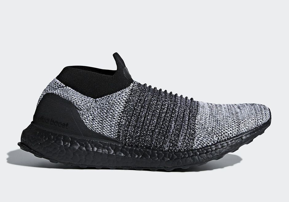 adidas Ultra BOOST Laceless Black Soles